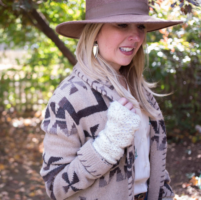 Tina's Guide to Fall Hats and Gloves