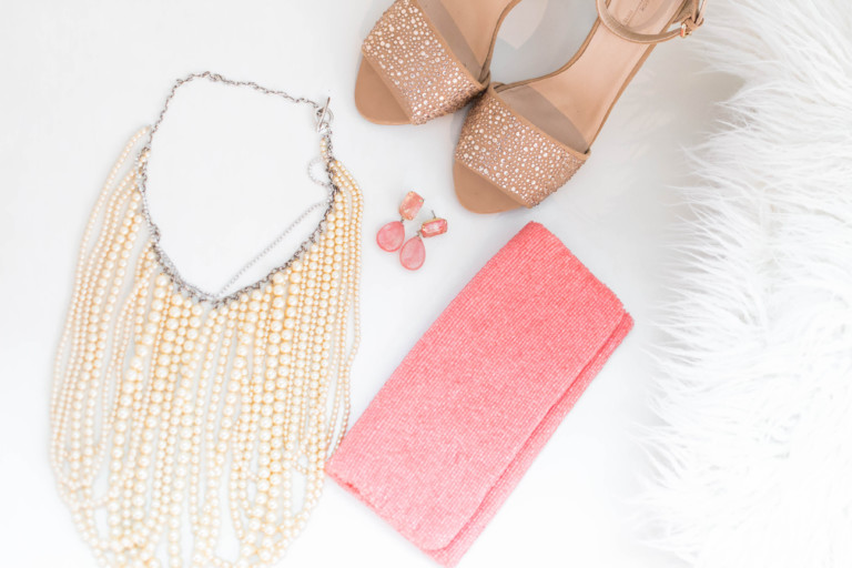 Accessories That Make Any Outfit Go From Dull To Dazzling